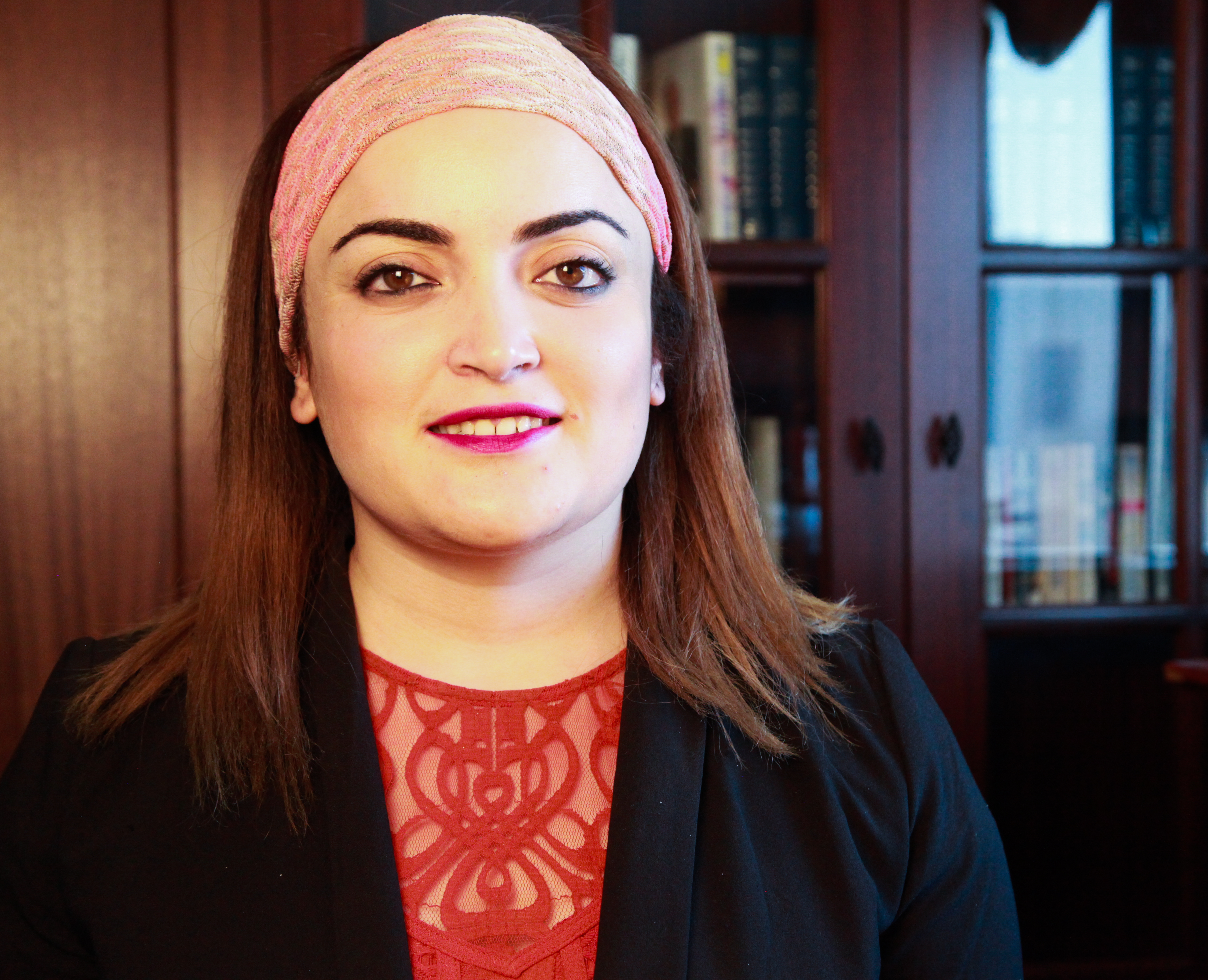 Headshot photo of Ahlem Nasraoui