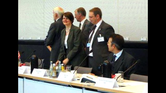 Berlin Day, May 27, 2011: Members of the Bundestag and the U.S. Ambassador at a panel discussion with CBYX students.