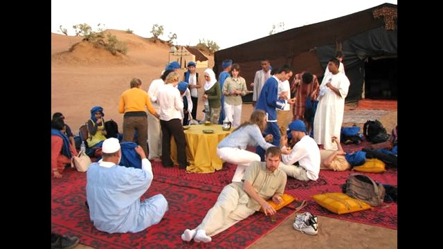 NSLI-Y scholars find an oasis in the Sahara desert.